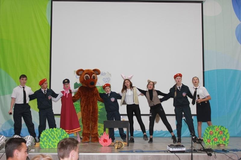 представление команды на конкурсе в стихах